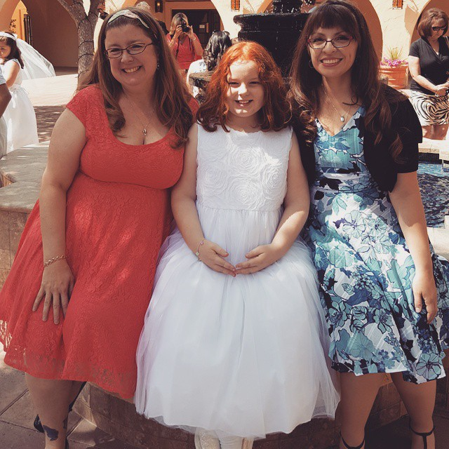 Two proud NInas with Little Red!!  She is so special!!