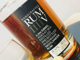 Skotlander Rum V 2,200 SØMIL Rum review by the fat rum pirate