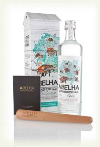 Abelha Organic Silver Cachaca rum review by the fat rum pirate