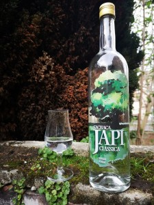 Cachaca Japi Classica Rum Review by the fat rum pirate