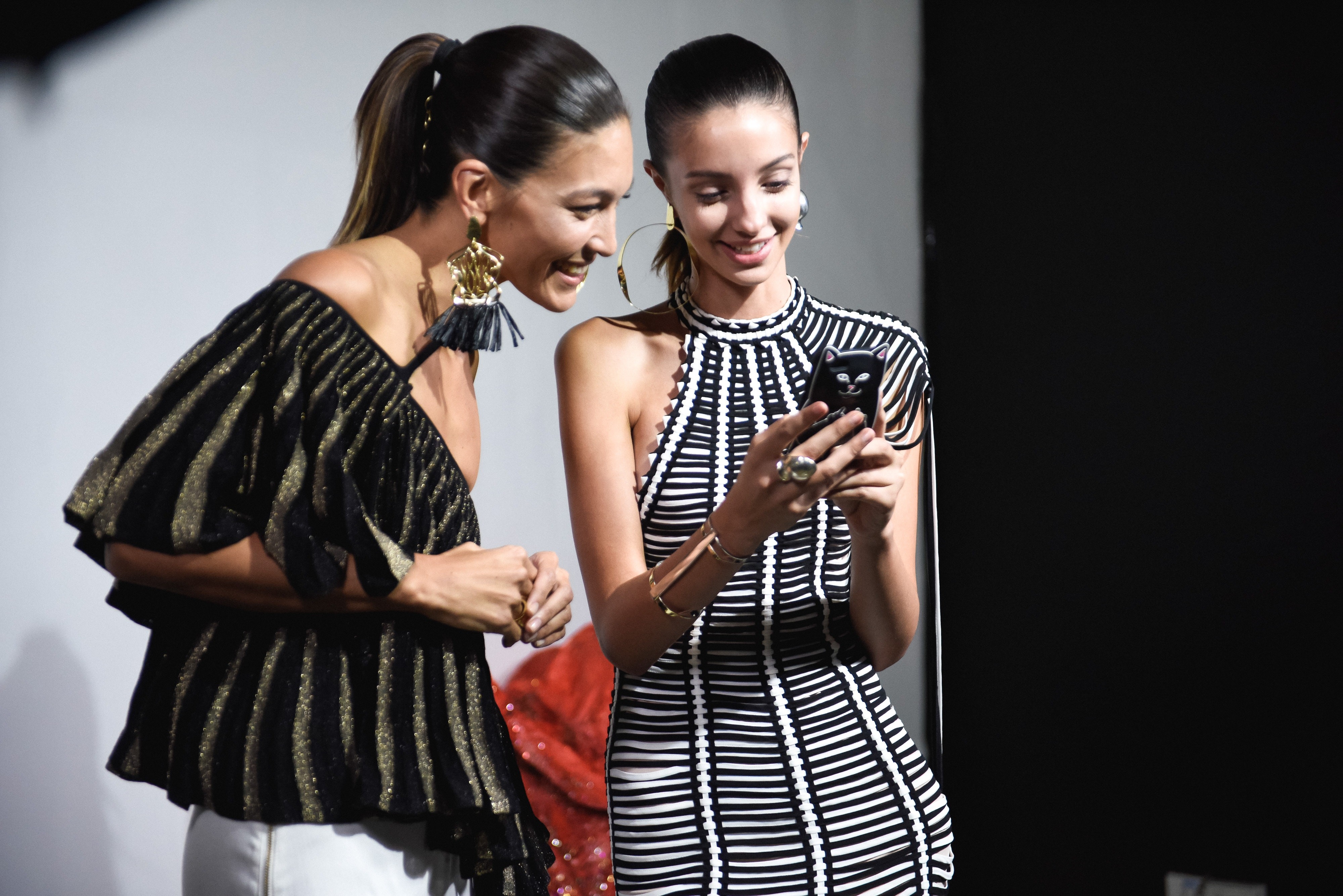 Top Skills of Fashion Buyers - FAVES APP
