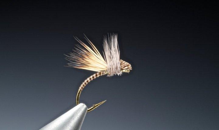fly tying Deer hair hatching midge