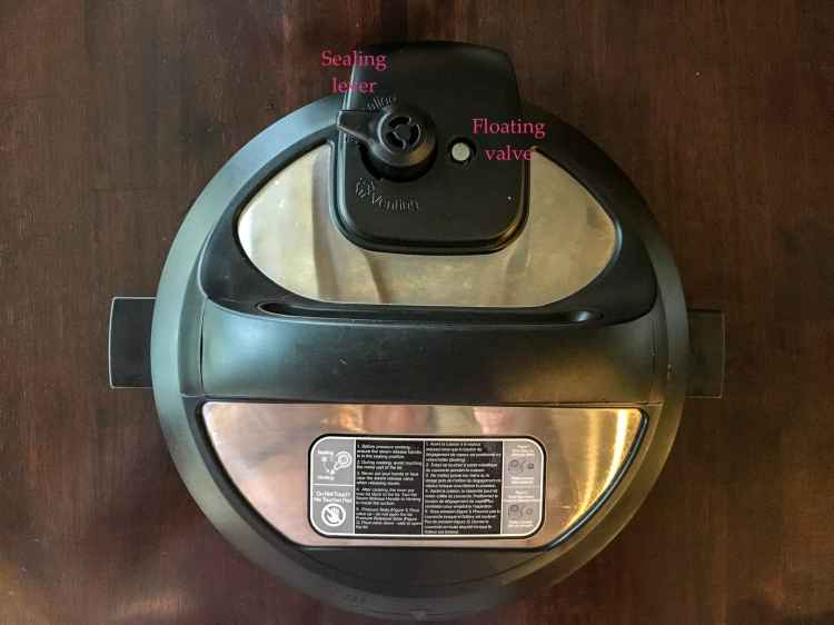the sealing lever and floating valve - pressure cooking basics