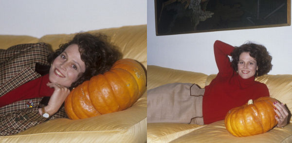 sigourney-weaver-with-pumpkins