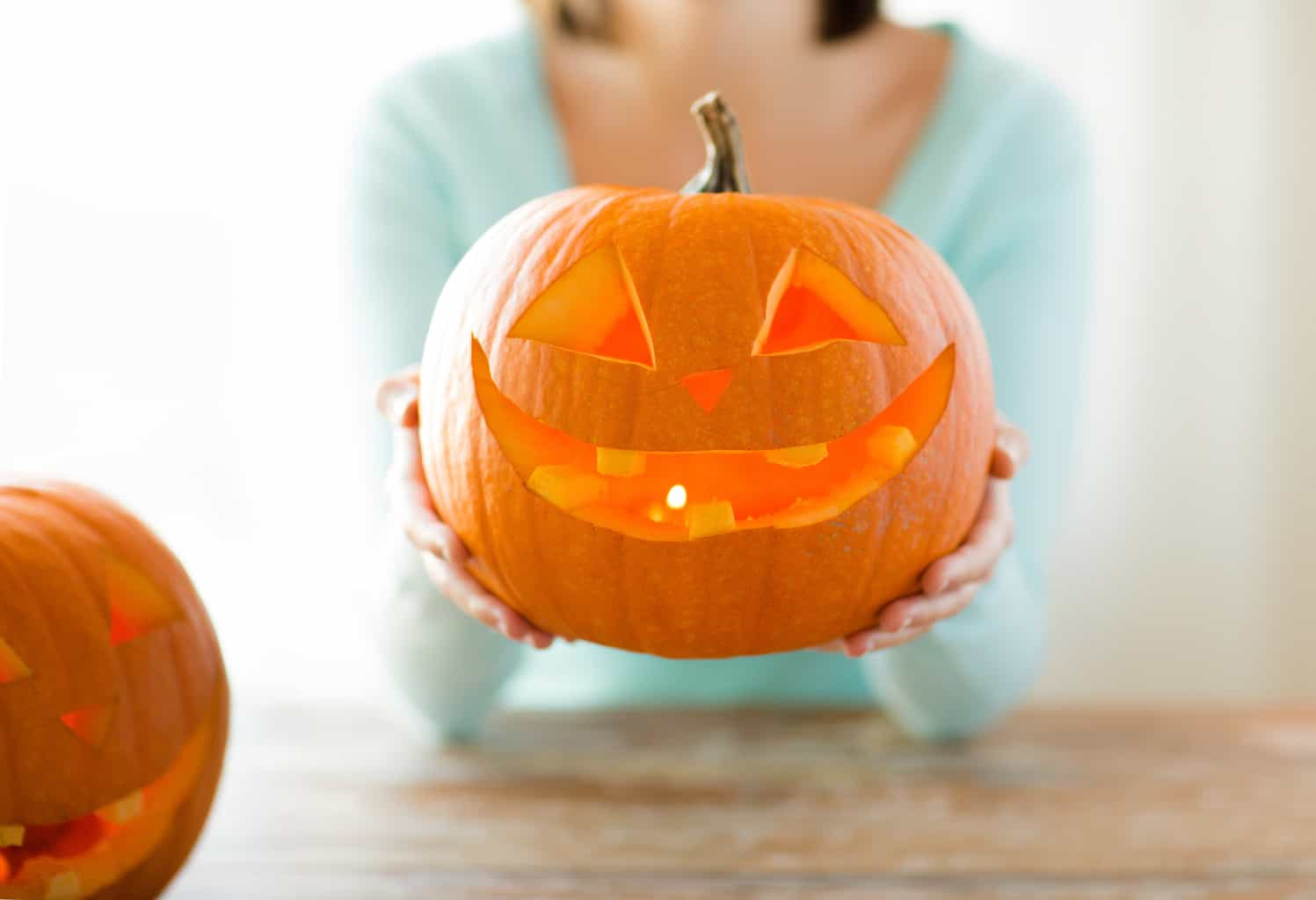 "Should Christians Celebrate Halloween? - The Fervent Mama: We need to stop thinking about if it will send us to hell and start thinking about whether it pleases God. This is when it becomes important for Christians to stand for righteousness. It shouldn't be ""Should Christians Celebrate Halloween"" but should be ""Why would Christians celebrate Halloween?"" #halloweenforchristians #christianhalloween"