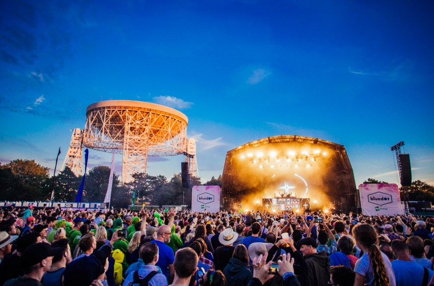 bluedot Festival will bounce messages off the moon this weekend