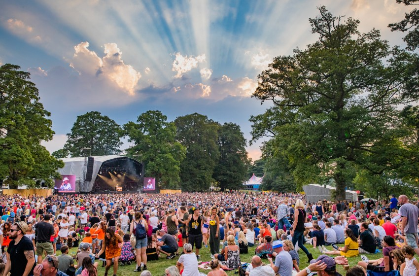 Kendal Calling are giving away 10,000 free reusable water bottles