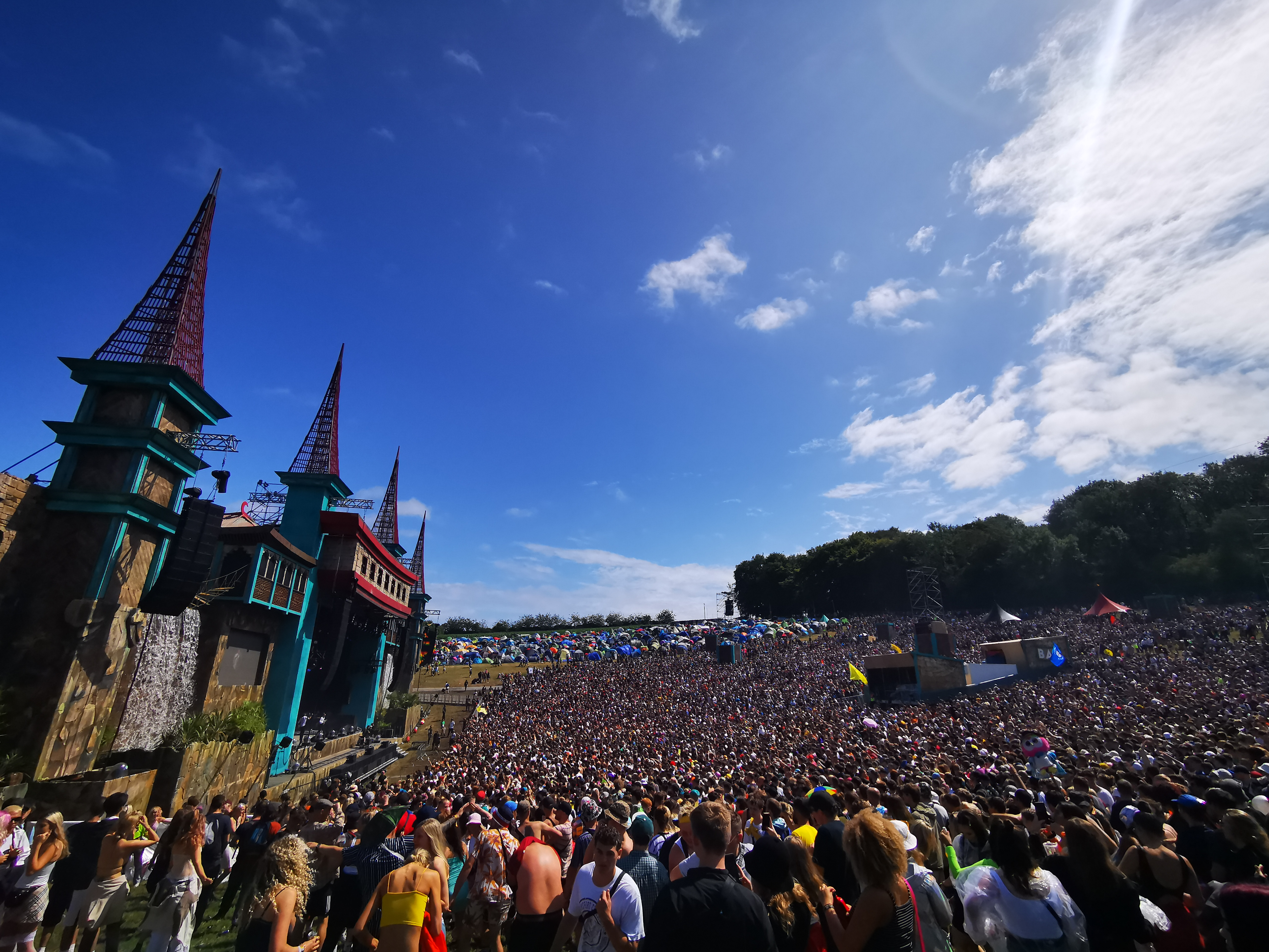 Boomtown Fair 2019 opening ceremony Lion's Den stage sun