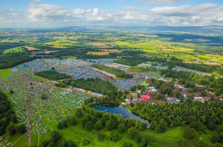 Kendal Calling Radio brings the fields to you this weekend