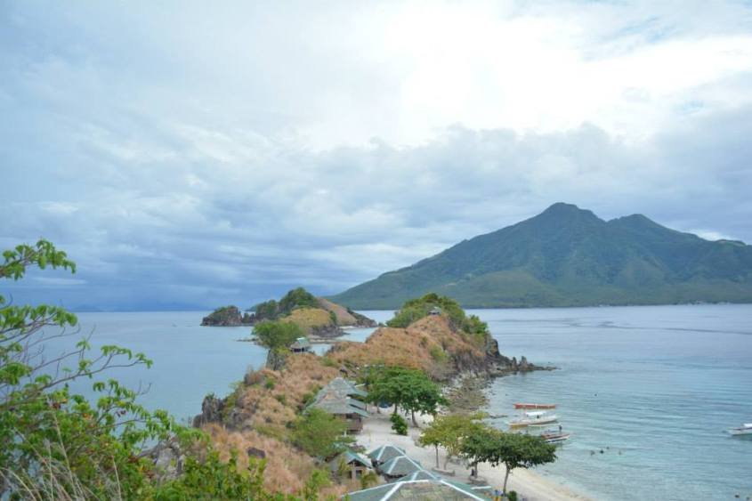 4-day island hopping experience in the Philippines - Sambawan island
