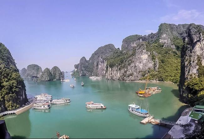 halong-bay-experience-day-tour-guide