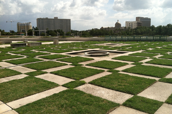 Ron Sill, landscape architect with RS&H, explained that each paver was recorded, removed, and replaced after the construction process. Photo taken after the treatment, August 2013. image: Caeli M. Tolar