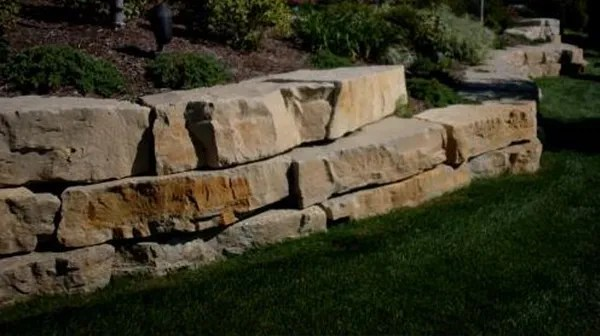 Dry Stacked Stone Walls The Field, How To Build A Stacked Stone Garden Border