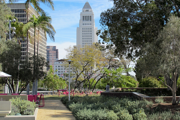 Los Angeles City Hall image: Gary Lai
