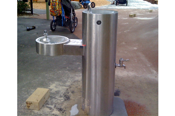 A single water fountain for little children and bigger ones as well as a spigot for furry friends or to rinse off dirty feet is an example of universal design. image: Amy Wagenfeld