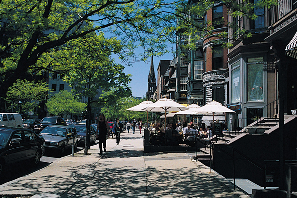 Figure.2 Newbury Street, Boston, MA image: Taner R. Ozdil, 2002