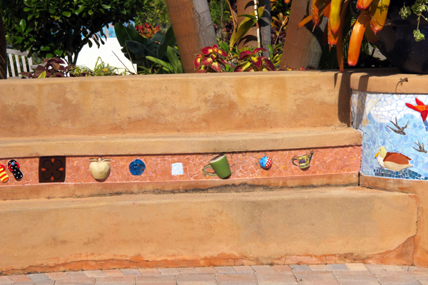 Hide whimsical elements in various planes in the garden. image: Amy Wagenfeld