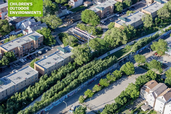 Aerial view of the 606 in Chicago