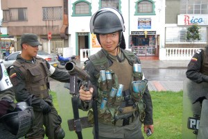 Colombian police are very professional. Image Source: Matt Lemmon, Flickr, Creative Commons