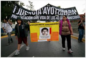 Image Source: Montecruz Foto, Flickr Accion Global por Ayotzinapa @ Oaxaca
