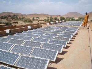 Magharebia, Flickr, Creative Commons 101214 Algeria unveils renewable energy strategy 03 | الجزائر: استراتيجية جديدة للطاقة المتجددة | L'Algérie dévoile sa stratégie en matière d'énergies renouvelables