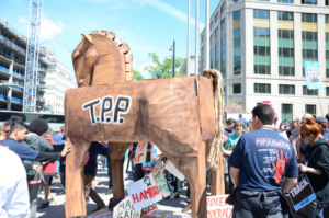 stop_fast_track_rally_in_d-c-722x479