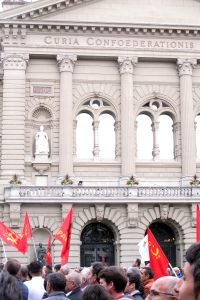 PKK against erdogan at federal palace By Rama, CC BY-SA 3.0 fr, via Wikimedia Commons