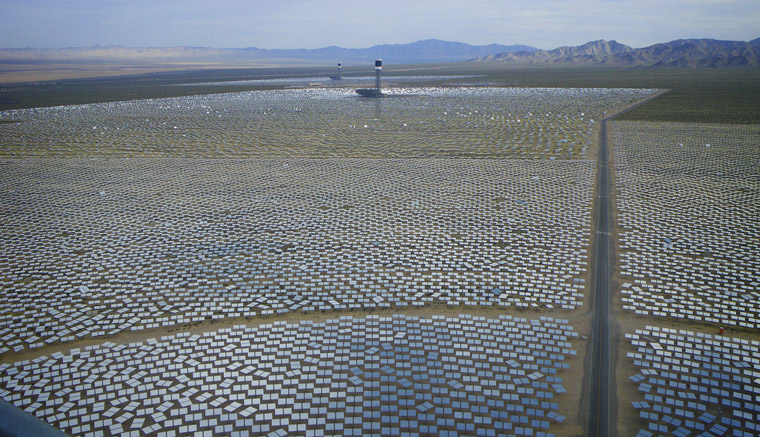 Solar power in California – good luck finding space for this in Japan.