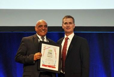 Ashak Nathwani with the award