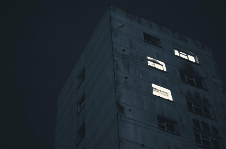 building_architecture_windows_living_inhabited_lights_flats_construction-1335270.jpg!d