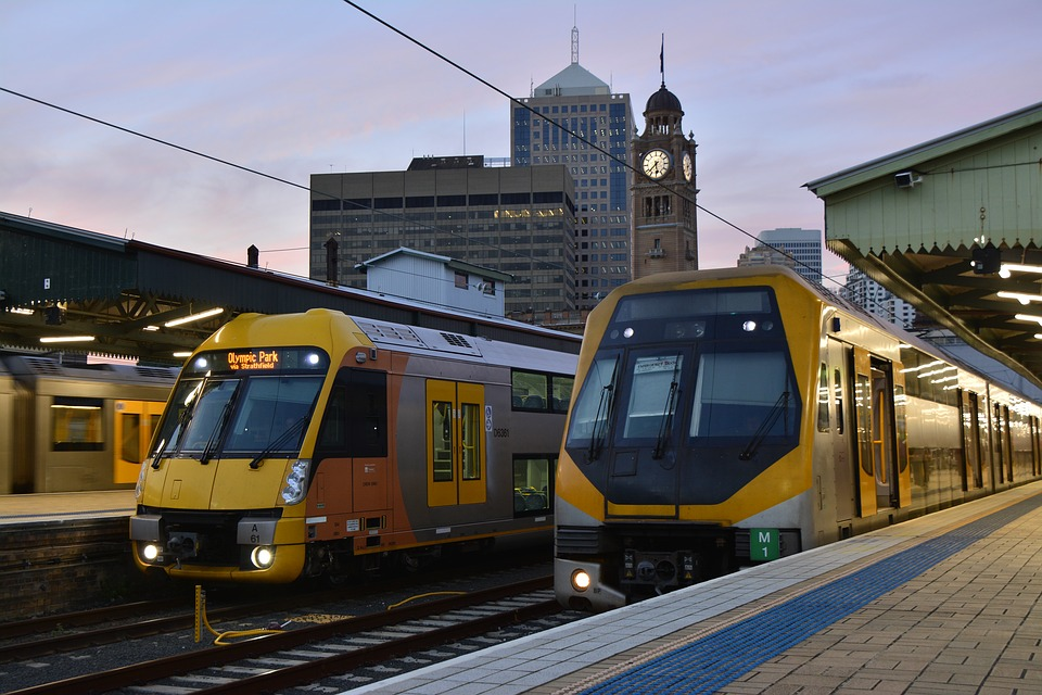 NSW Labor backs public transport over roads ahead of March election