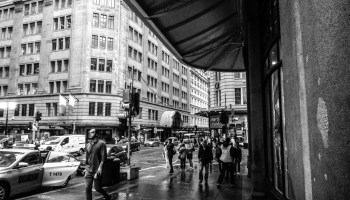Sydney street crowd