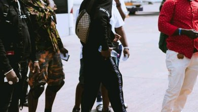 Photo of Four Bodyguards Of Stonebwoy And Driver Arrested In Kumasi(Reports)
