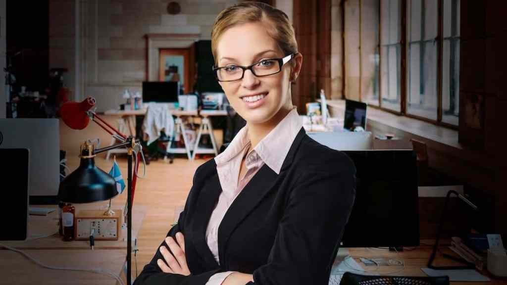 a woman starting a business