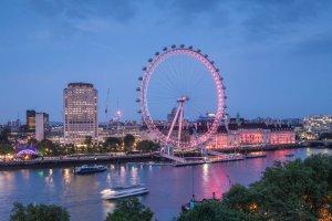 River Thames, Coca Cola London Eye, the south Bank of the River Thames. London c. Julian Elliott Photograpy