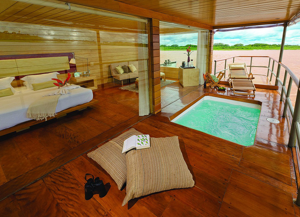 Deflin cruises, Relais & Chateaux, Amazon