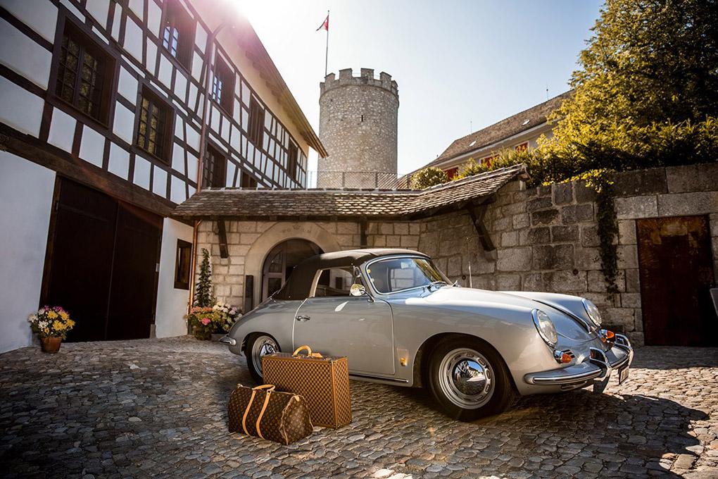 Entrance to Krone, Regensburg, Switzerland. Relais & Chateaux