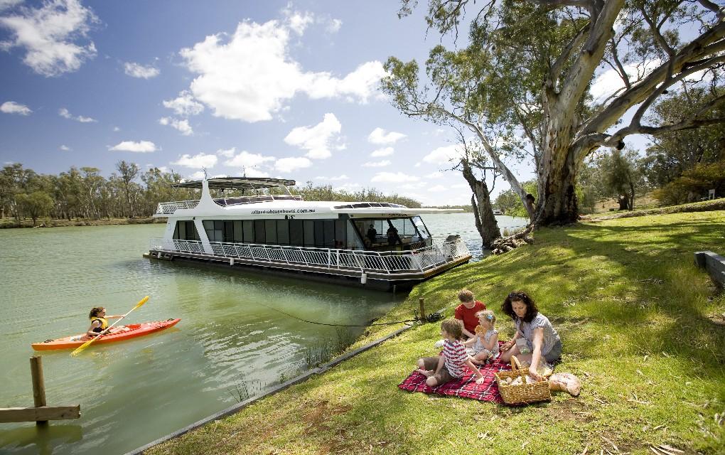 Mildura Houseboats, Mildura, Murray River, houseboating
