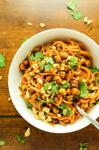 Thai Peanut Sweet Potato Noodles – Easy, healthier alternative to pasta! All wrapped up in a crazy easy Thai-inspired peanut and lemongrass sauce. Savory, creamy, and addictive.