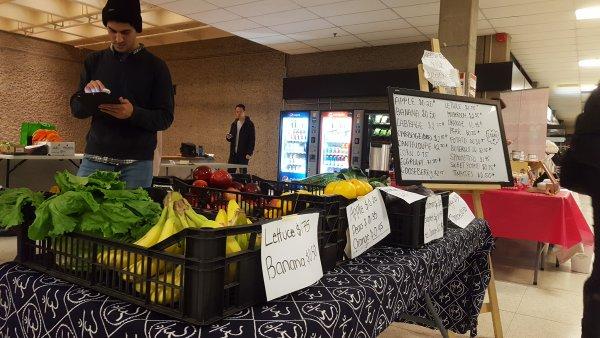 YUM farmers market produce regenesis