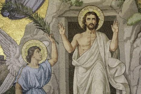 ResurrectionJesus-998x665