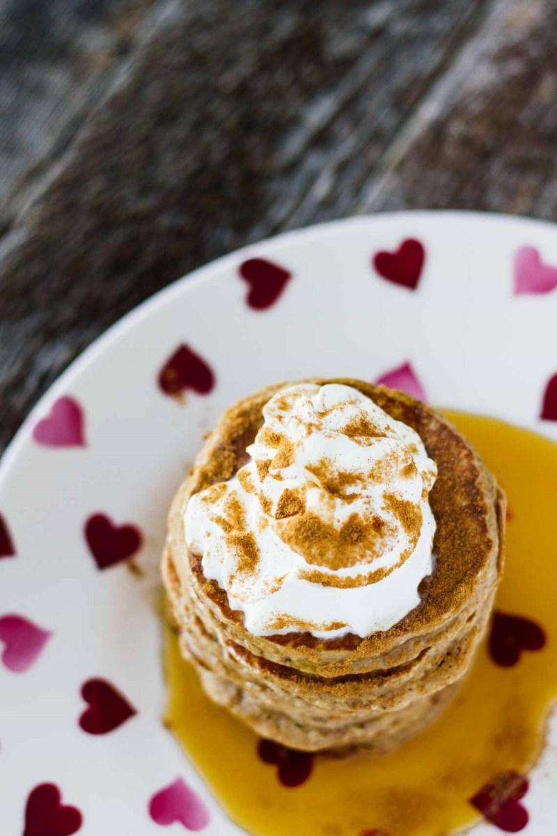 Recipe: Gingerbread Oatmeal Pancakes