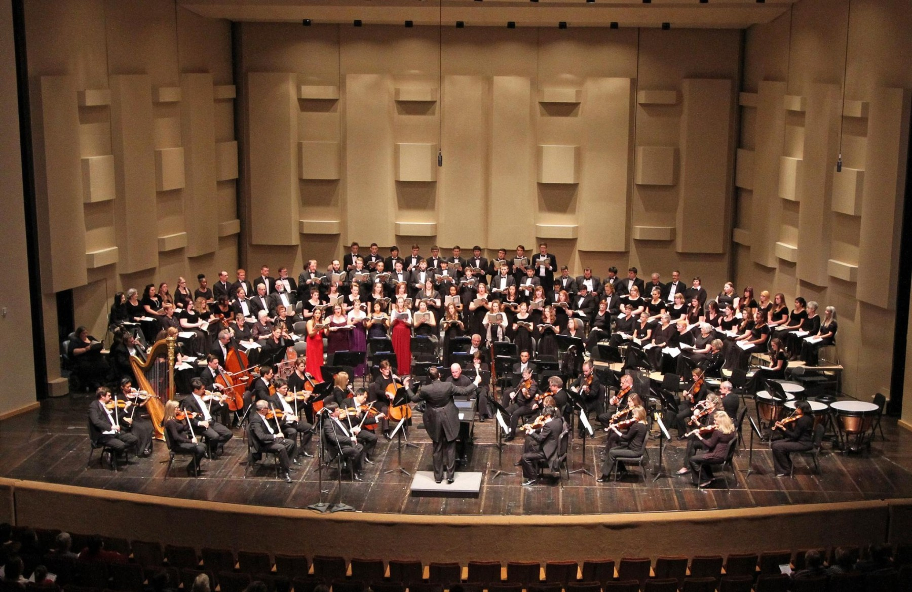 Tarleton State University's choirs, the Cross Timbers Civic Chorale and members of the Forth Worth Symphony Orchestra will combine for the 35th annual presentation of Handel's Messiah on Dec. 6.