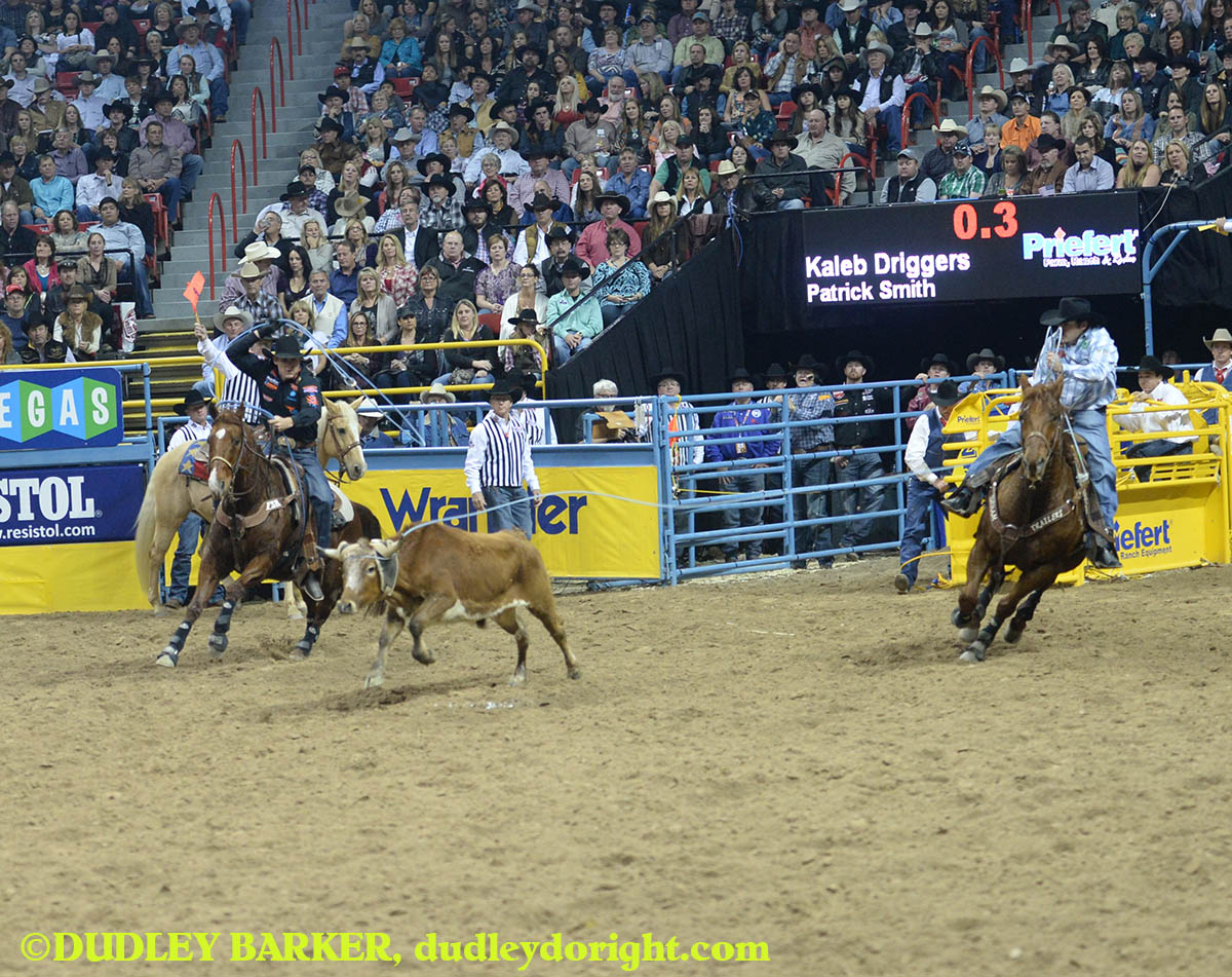 Kaleb Driggers, round three, 2014 WNFR, Dec. 6, 2014 || Photo by DUDLEY BARKER, dudleydoright.com