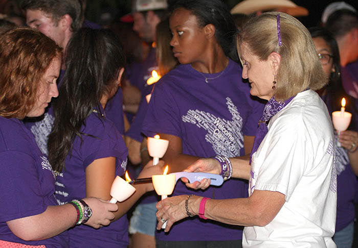 Convocation and candles 08