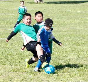 Youth Soccer 0319 07*^