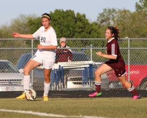 Bees-Bwood Soccer 19
