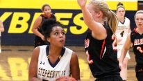 Stephenville and Ebony Green are among the high school girls basketball teams beginning playoff competition Monday. || TheFlashToday.com file photo