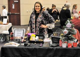 holiday-arts-crafts-showcase-6