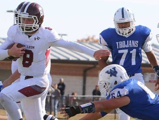 Kevin Yeager leads De Leon into its first state quarterfinal since 1990. || TheFlashToday.com photo by RUSSELL HUFFMAN